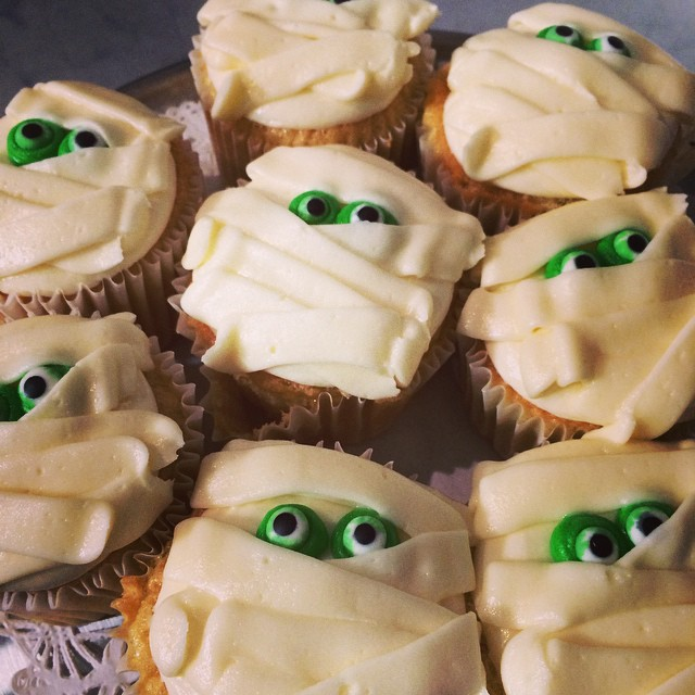 SPONGE MUMMY CUPCAKES w/ Buttercream Frosting:: *Available NOW in the Bakery